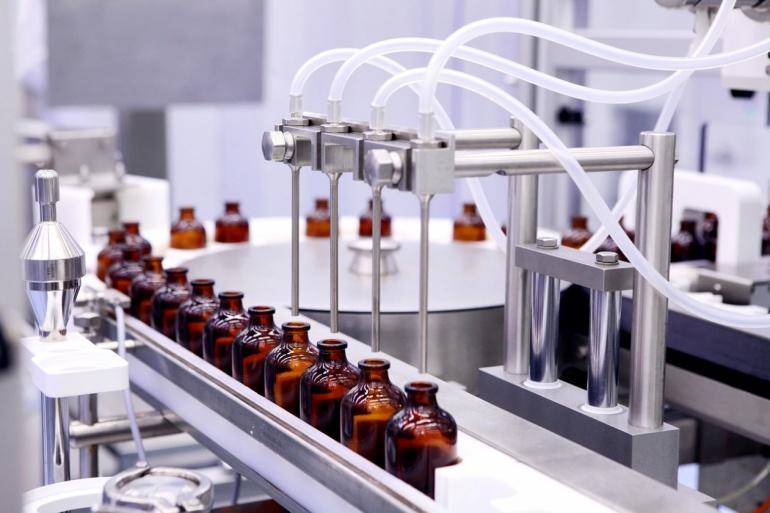 Demande de mesures contre le risque de fermeture d'un site industriel pharmaceutique